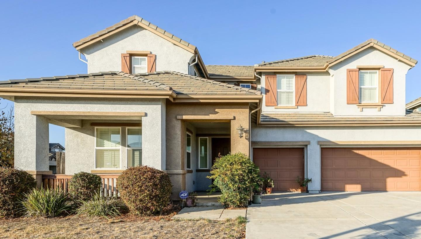 Single Family Home for Sale at 1037 Calvinson Parkway 1037 Calvinson Parkway Patterson, California 95363 United States