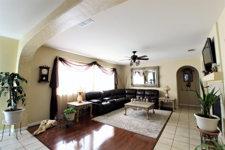 Additional photo for property listing at 219 San Lorenzo Street 219 San Lorenzo Street Los Banos, カリフォルニア 93635 アメリカ合衆国