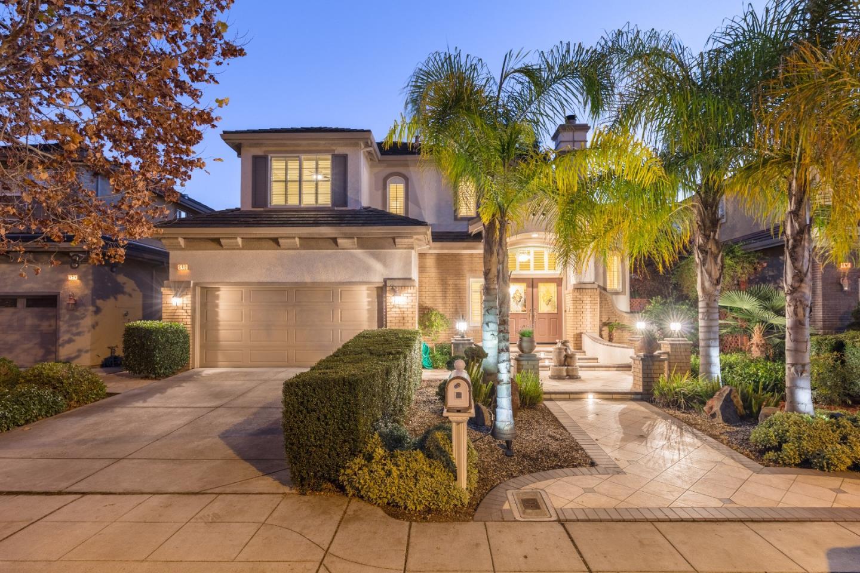 واحد منزل الأسرة للـ Sale في 540 Hyannis Drive 540 Hyannis Drive Sunnyvale, California 94087 United States