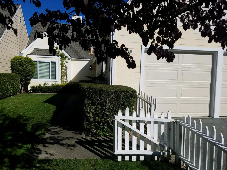 Townhouse for Rent at 27 Pinehurst Lane 27 Pinehurst Lane Half Moon Bay, California 94019 United States