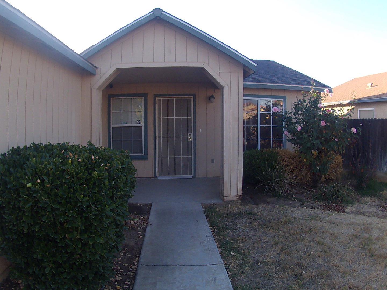 獨棟家庭住宅 為 出售 在 1353 N Sandau 1353 N Sandau Fresno, 加利福尼亞州 93727 美國
