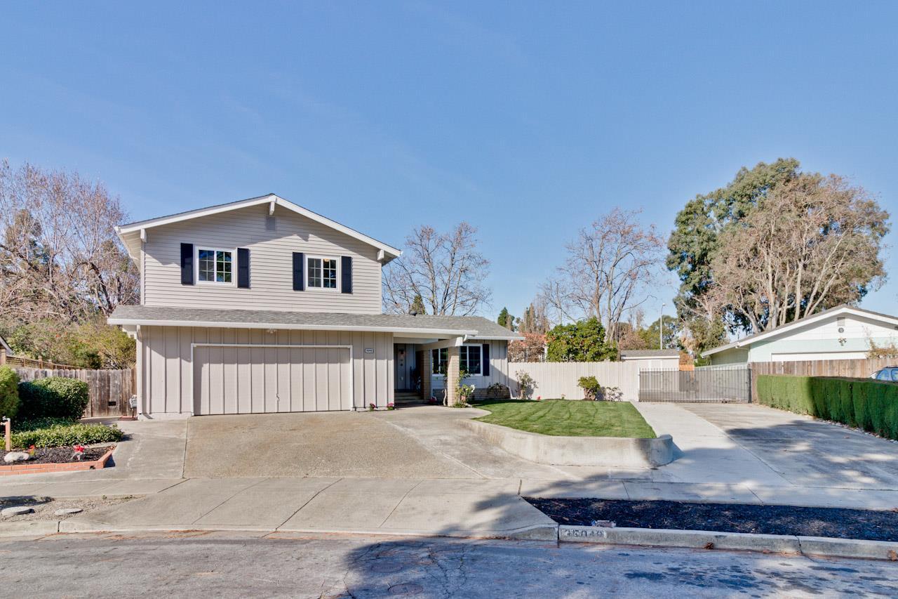 一戸建て のために 売買 アット 35048 Donegal Court 35048 Donegal Court Newark, カリフォルニア 94560 アメリカ合衆国