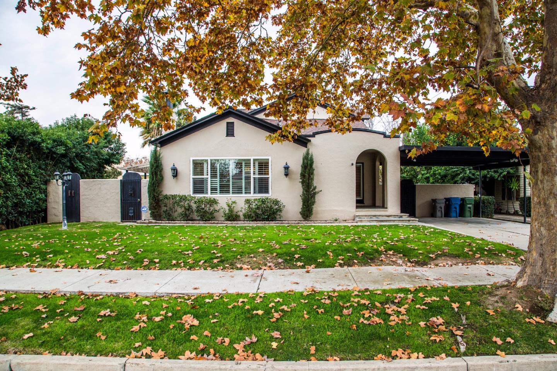 Maison unifamiliale pour l Vente à 1517 S 6th Street 1517 S 6th Street Los Banos, Californie 93635 États-Unis