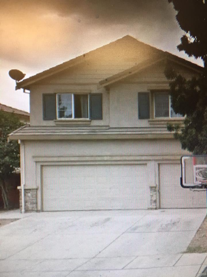واحد منزل الأسرة للـ Sale في 549 Plum Way 549 Plum Way Chowchilla, California 93610 United States