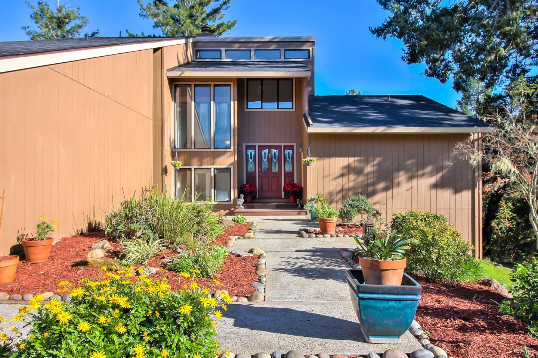 獨棟家庭住宅 為 出售 在 570 Woodcrest Road 570 Woodcrest Road Boulder Creek, 加利福尼亞州 95006 美國