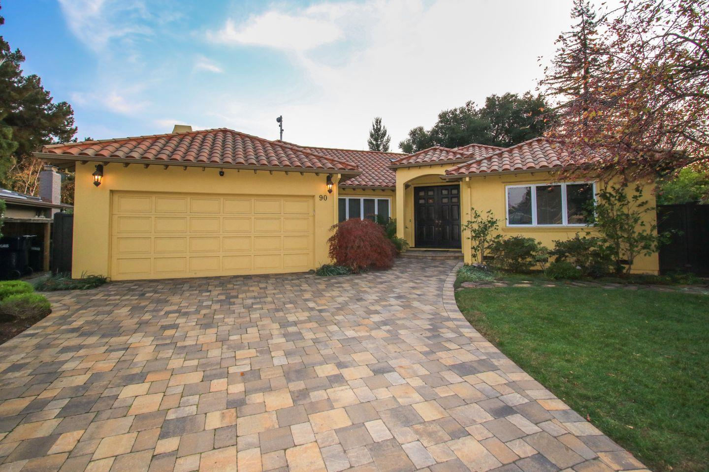 Single Family Home for Sale at 90 Sioux Lane 90 Sioux Lane Los Altos, California 94022 United States