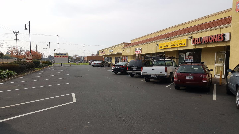 komerziell für Verkauf beim 10487 Folsom Boulevard 10487 Folsom Boulevard Rancho Cordova, Kalifornien 95670 Vereinigte Staaten