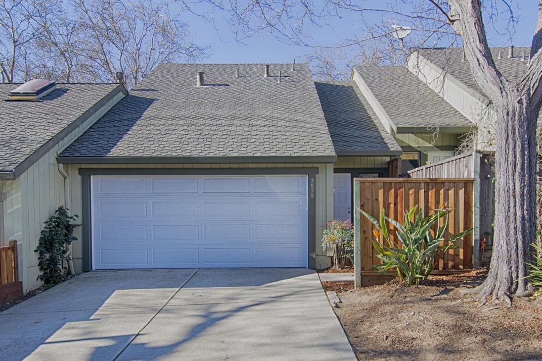 タウンハウス のために 売買 アット 2826 Casa De Vida Drive 2826 Casa De Vida Drive Aptos, カリフォルニア 95003 アメリカ合衆国