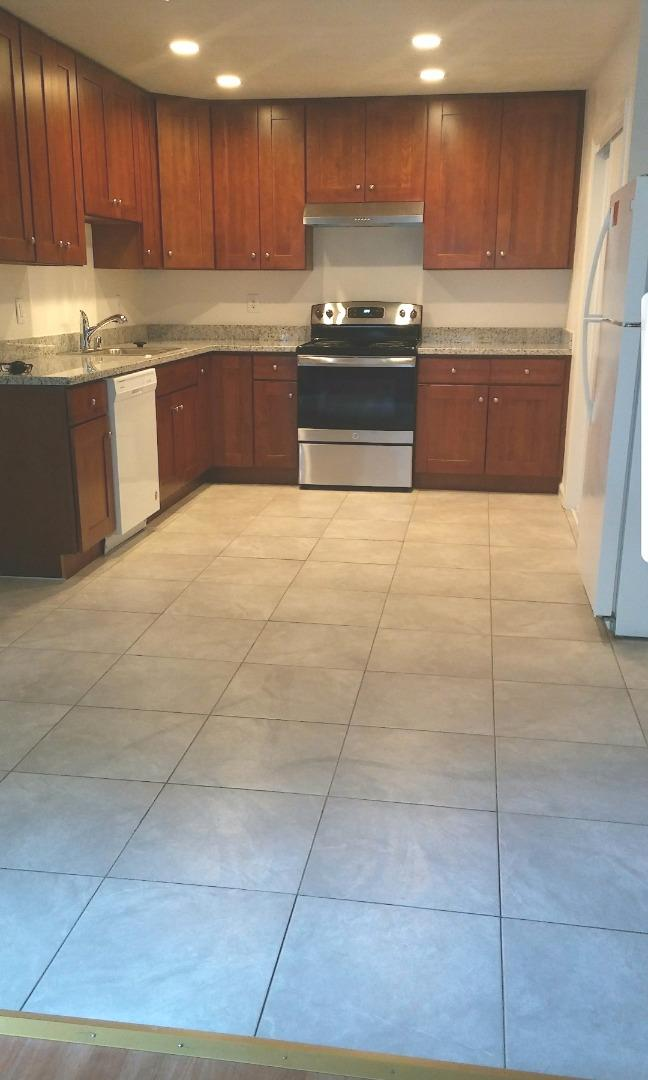 Condominium for Rent at 564 S Fair Oaks Avenue 564 S Fair Oaks Avenue Sunnyvale, California 94086 United States