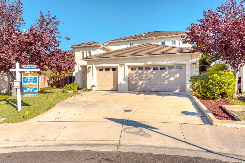 獨棟家庭住宅 為 出售 在 5500 New Harbor Court 5500 New Harbor Court Union City, 加利福尼亞州 94587 美國
