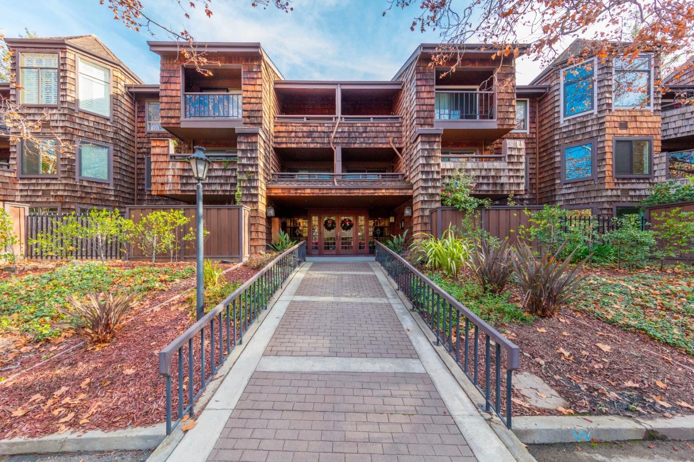 Eigentumswohnung für Verkauf beim 95 Church Street 95 Church Street Los Gatos, Kalifornien 95030 Vereinigte Staaten