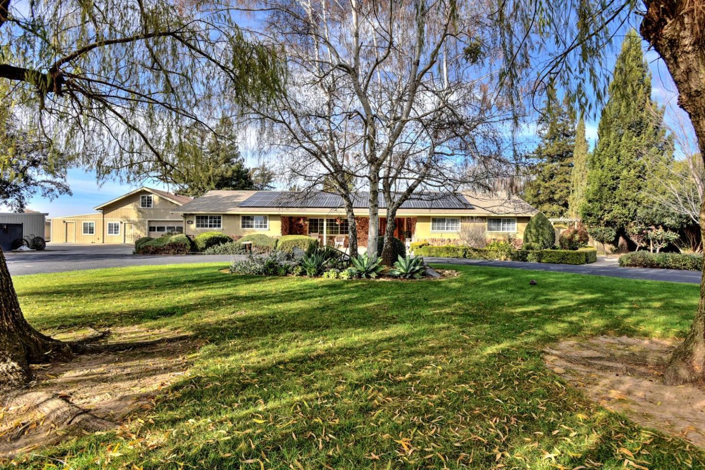 Einfamilienhaus für Verkauf beim 1285 Piazza Lane 1285 Piazza Lane Gilroy, Kalifornien 95020 Vereinigte Staaten