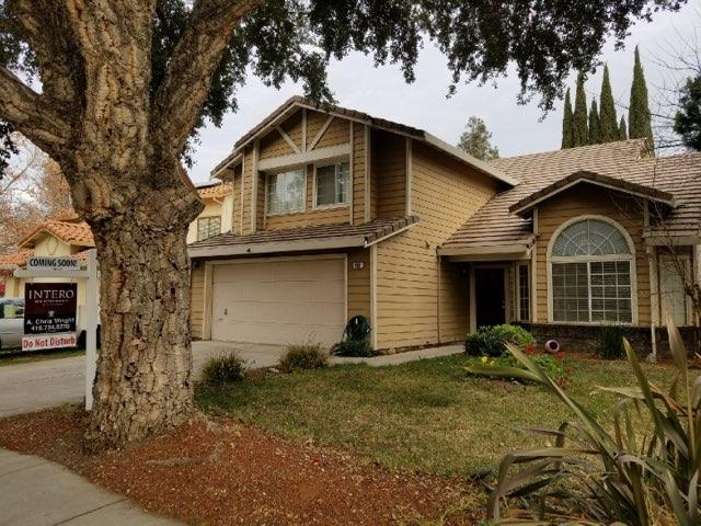 واحد منزل الأسرة للـ Sale في 830 Kings Canyon Court 830 Kings Canyon Court Tracy, California 95376 United States
