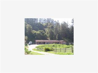 獨棟家庭住宅 為 出售 在 218 Vega Road 218 Vega Road Royal Oaks, 加利福尼亞州 95076 美國