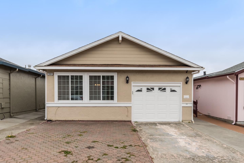 Частный односемейный дом для того Аренда на 4484 Callan Boulevard 4484 Callan Boulevard Daly City, Калифорния 94015 Соединенные Штаты