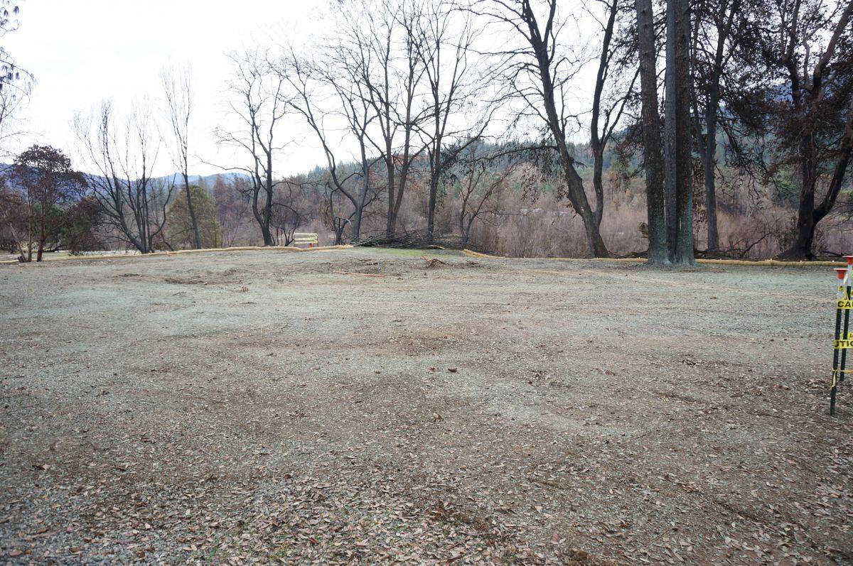 Additional photo for property listing at 30 Acorn Lane 30 Acorn Lane Junction City, 加利福尼亞州 96048 美國