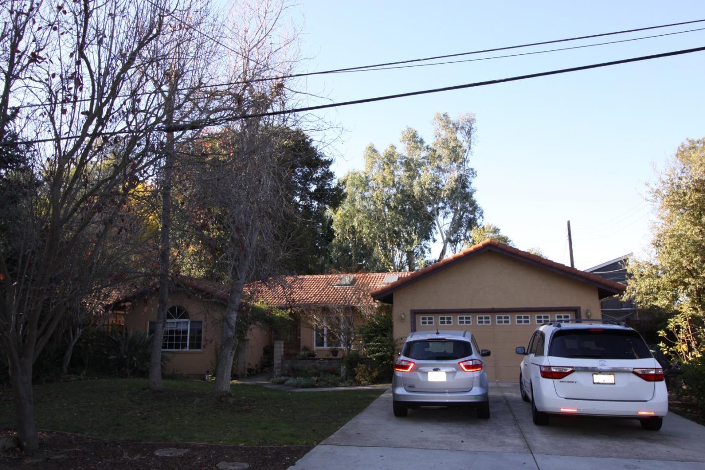 Частный односемейный дом для того Аренда на 14343 Mulberry Drive 14343 Mulberry Drive Los Gatos, Калифорния 95032 Соединенные Штаты