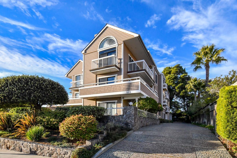 Condominio por un Venta en 526 2nd Street 526 2nd Street Santa Cruz, California 95060 Estados Unidos