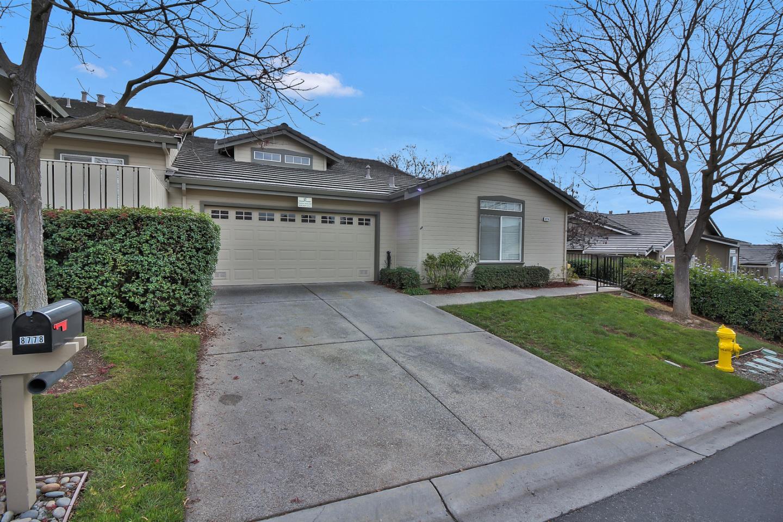 Condominio por un Venta en 8778 Fruit Barn Lane 8778 Fruit Barn Lane San Jose, California 95135 Estados Unidos