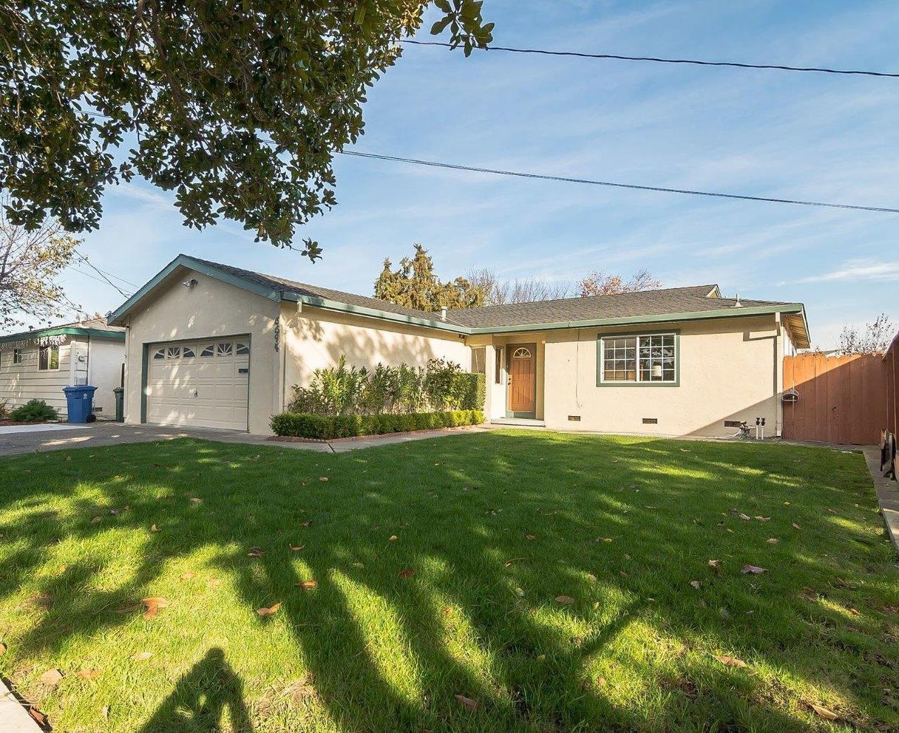 Maison unifamiliale pour l à louer à 6694 Cedar Boulevard 6694 Cedar Boulevard Newark, Californie 94560 États-Unis