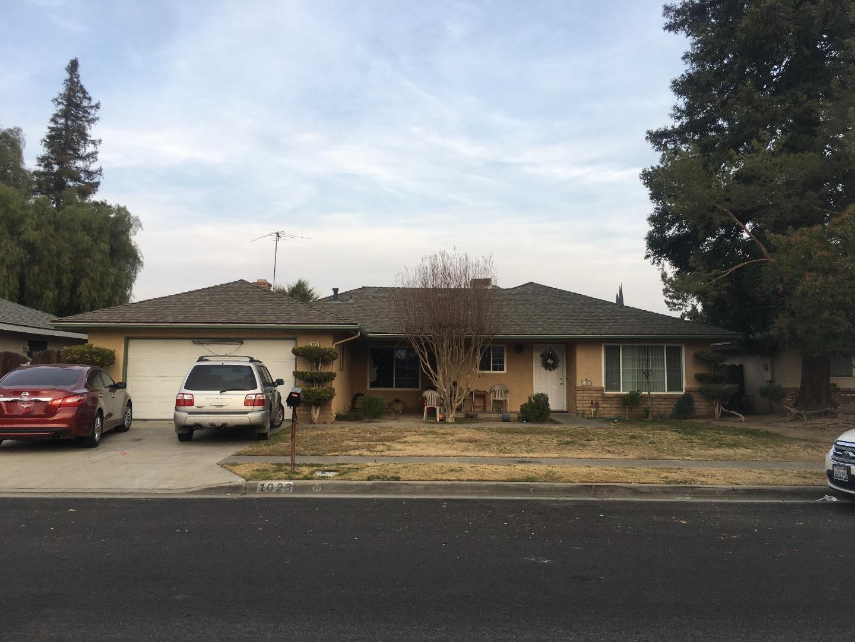 一戸建て のために 売買 アット 1023 Aram Avenue 1023 Aram Avenue Madera, カリフォルニア 93637 アメリカ合衆国