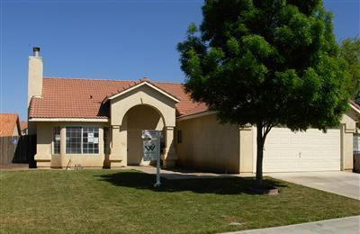 Single Family Home for Rent at 568 Zinfandel Street 568 Zinfandel Street Los Banos, California 93635 United States
