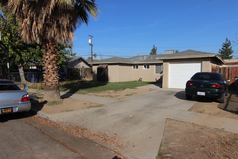 獨棟家庭住宅 為 出售 在 2409 E Norwich Avenue 2409 E Norwich Avenue Fresno, 加利福尼亞州 93726 美國