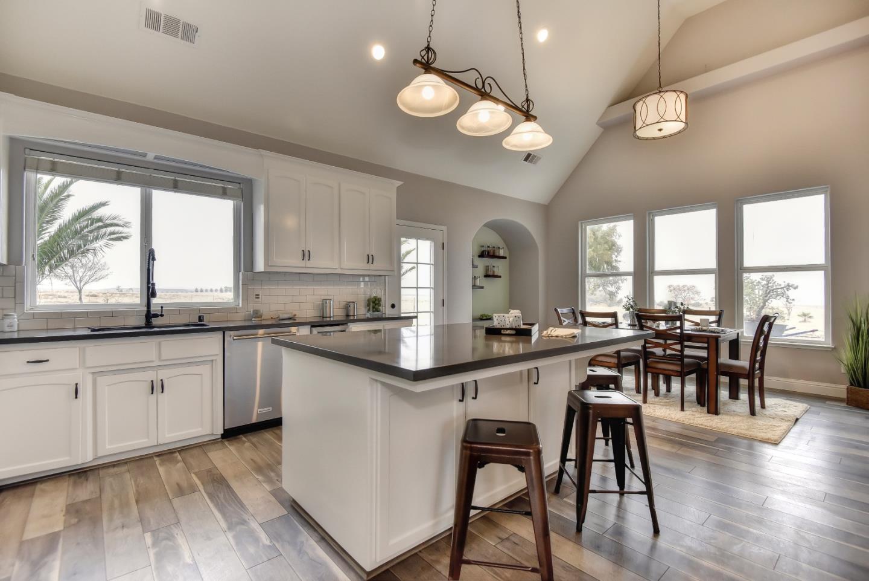 Additional photo for property listing at 22090 Arburua Road 22090 Arburua Road Los Banos, カリフォルニア 93635 アメリカ合衆国