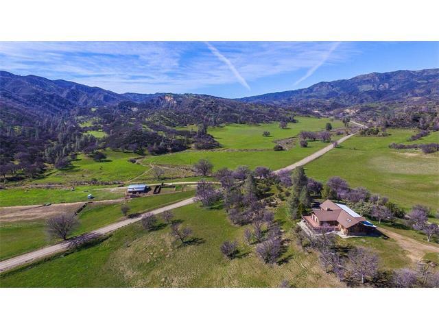 Terrain pour l Vente à 51563 Los Gatos Road 51563 Los Gatos Road Coalinga, Californie 93210 États-Unis