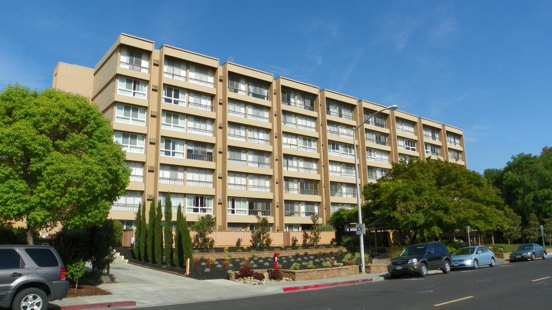 Condominio por un Venta en 1700 Civic Center Drive 1700 Civic Center Drive Santa Clara, California 95050 Estados Unidos
