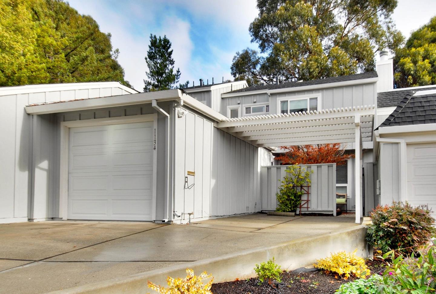 Townhouse for Sale at 1134 Continentals Way 1134 Continentals Way Belmont, California 94002 United States