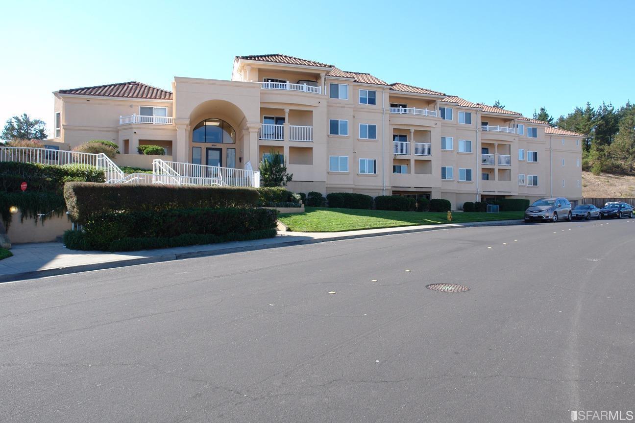 شقة بعمارة للـ Sale في 3721 Carter Drive 3721 Carter Drive South San Francisco, California 94080 United States