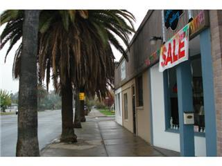 Commercial for Sale at 1005 Robertson Boulevard 1005 Robertson Boulevard Chowchilla, California 93610 United States