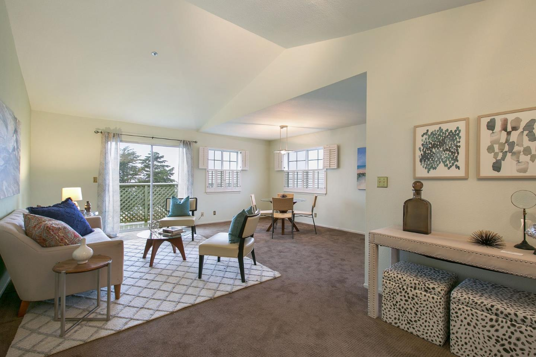 Eigentumswohnung für Verkauf beim 1028 San Luis Circle 1028 San Luis Circle Daly City, Kalifornien 94014 Vereinigte Staaten