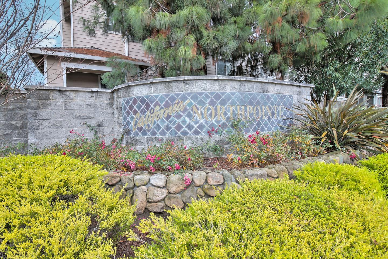 تاون هاوس للـ Sale في 1830 Glacier Bay Terrace 1830 Glacier Bay Terrace San Jose, California 95131 United States