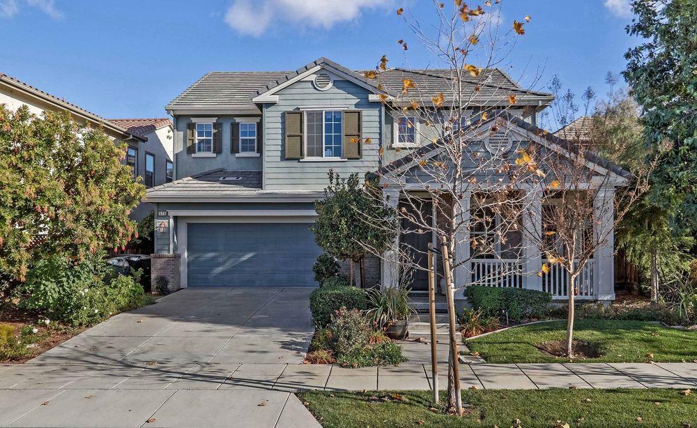 Частный односемейный дом для того Продажа на 575 W Questa Trail 575 W Questa Trail Mountain House, Калифорния 95391 Соединенные Штаты