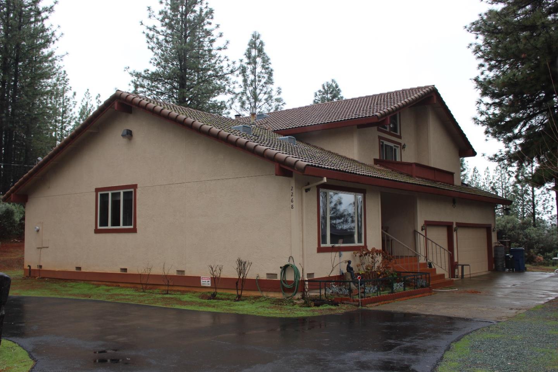Частный односемейный дом для того Продажа на 2268 Swansboro Road 2268 Swansboro Road Placerville, Калифорния 95667 Соединенные Штаты