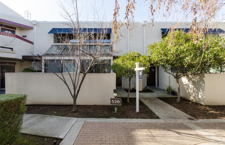 Appartement en copropriété pour l Vente à 526 Shorebird Circle 526 Shorebird Circle Redwood City, Californie 94065 États-Unis