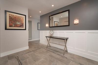 Appartement en copropriété pour l Vente à 50 Mounds Road 50 Mounds Road San Mateo, Californie 94402 États-Unis
