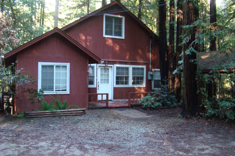 獨棟家庭住宅 為 出售 在 2 Laurel Square 2 Laurel Square Mount Hermon, 加利福尼亞州 95041 美國
