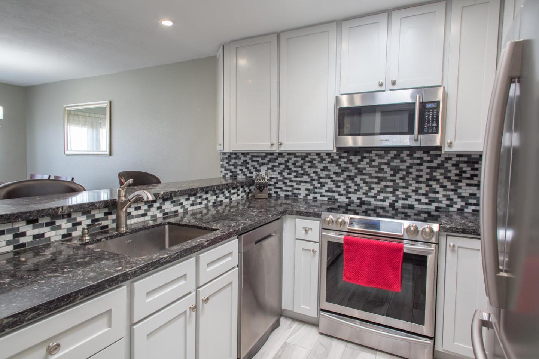 Eigentumswohnung für Verkauf beim 485 87th Street 485 87th Street Daly City, Kalifornien 94015 Vereinigte Staaten