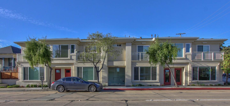 Casa Multifamiliar por un Venta en 299 Foam Street 299 Foam Street Monterey, California 93940 Estados Unidos