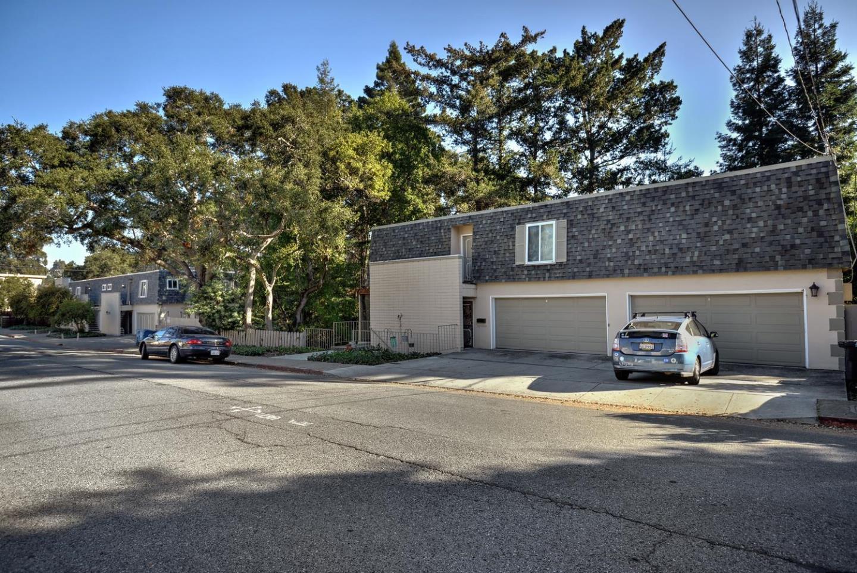 Maison avec plusieurs logements pour l Vente à 17 Devonshire Boulevard 17 Devonshire Boulevard San Carlos, Californie 94070 États-Unis