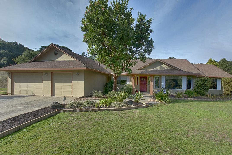 Частный односемейный дом для того Продажа на 5312 Hidden Oak Court 5312 Hidden Oak Court Royal Oaks, Калифорния 95076 Соединенные Штаты