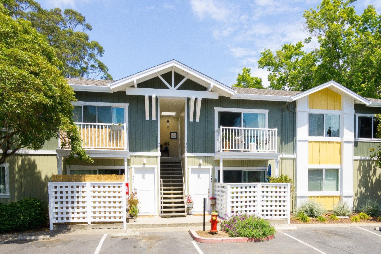 Condominio por un Venta en 755 14th Avenue 755 14th Avenue Santa Cruz, California 95062 Estados Unidos