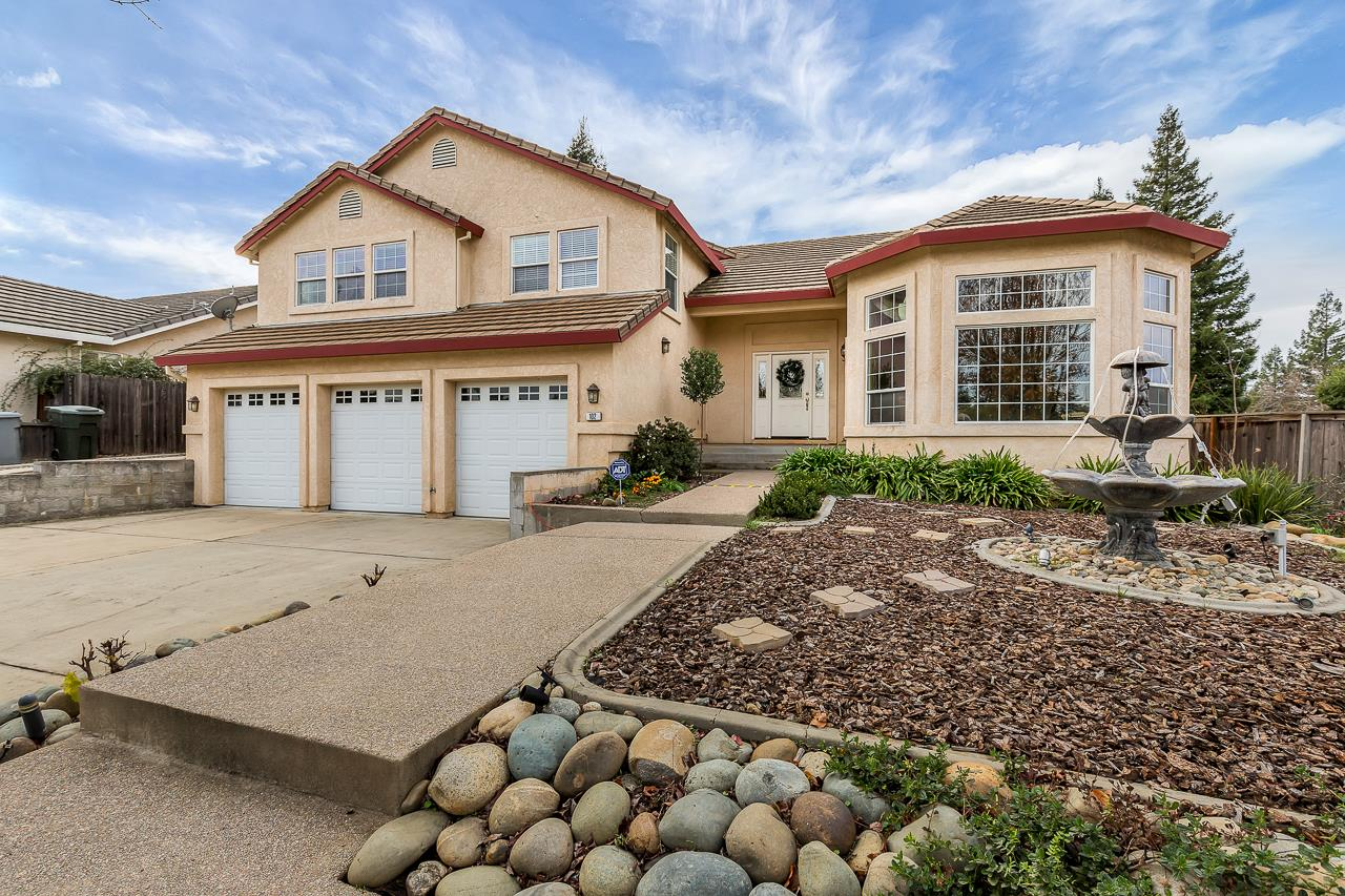 Single Family Home for Sale at 102 Stroup Lane 102 Stroup Lane Folsom, California 95630 United States