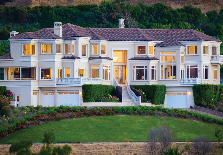 Частный односемейный дом для того Продажа на 2068 Biarritz 2068 Biarritz San Jose, Калифорния 95138 Соединенные Штаты