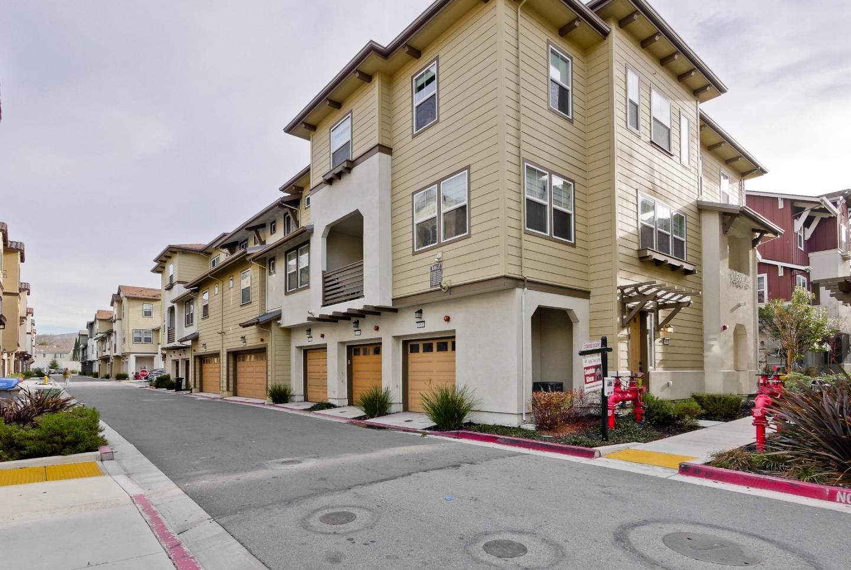 Casa unifamiliar adosada (Townhouse) por un Venta en 1098 Mallow Terrace 1098 Mallow Terrace San Jose, California 95133 Estados Unidos