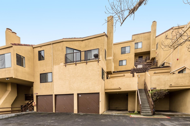 شقة بعمارة للـ Sale في 1 Appian Way 1 Appian Way South San Francisco, California 94080 United States