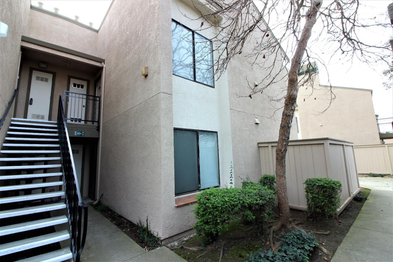 共管物業 為 出售 在 2438 N Main Street 2438 N Main Street Salinas, 加利福尼亞州 93906 美國